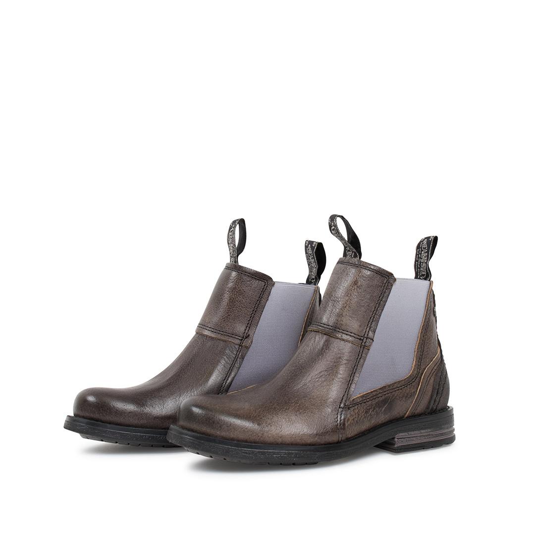 Style: Lance Kids Charcoal | Size 24-29