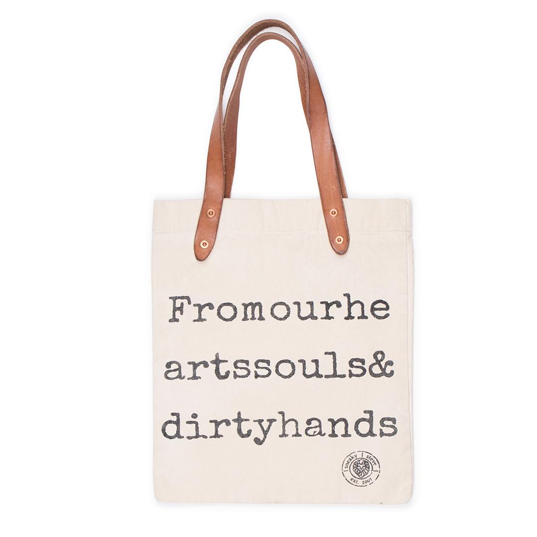 Style: Logo Tote Bag Offwhite