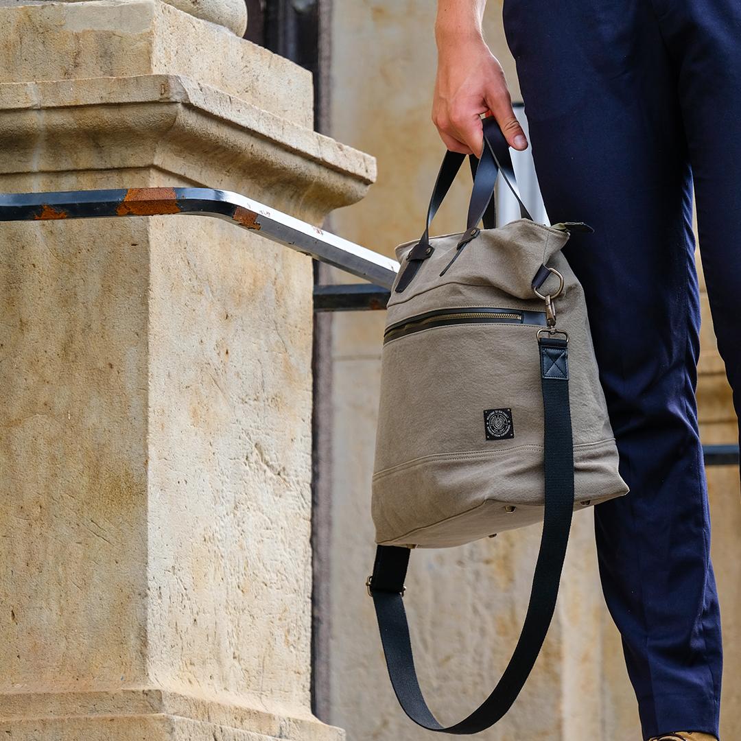 Paris-weekend-bag-khaki-image-2