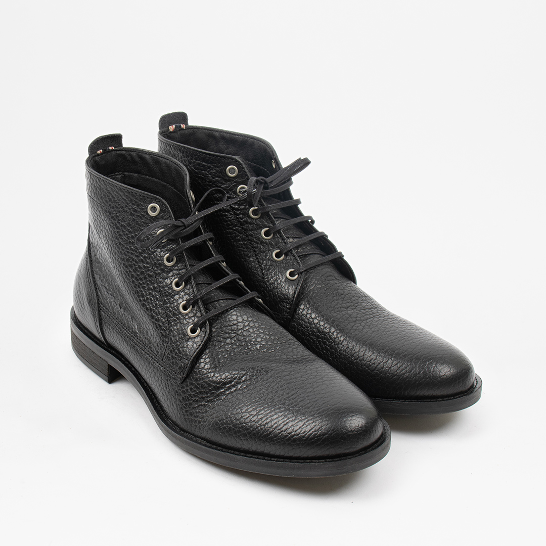 Style: Repose Black