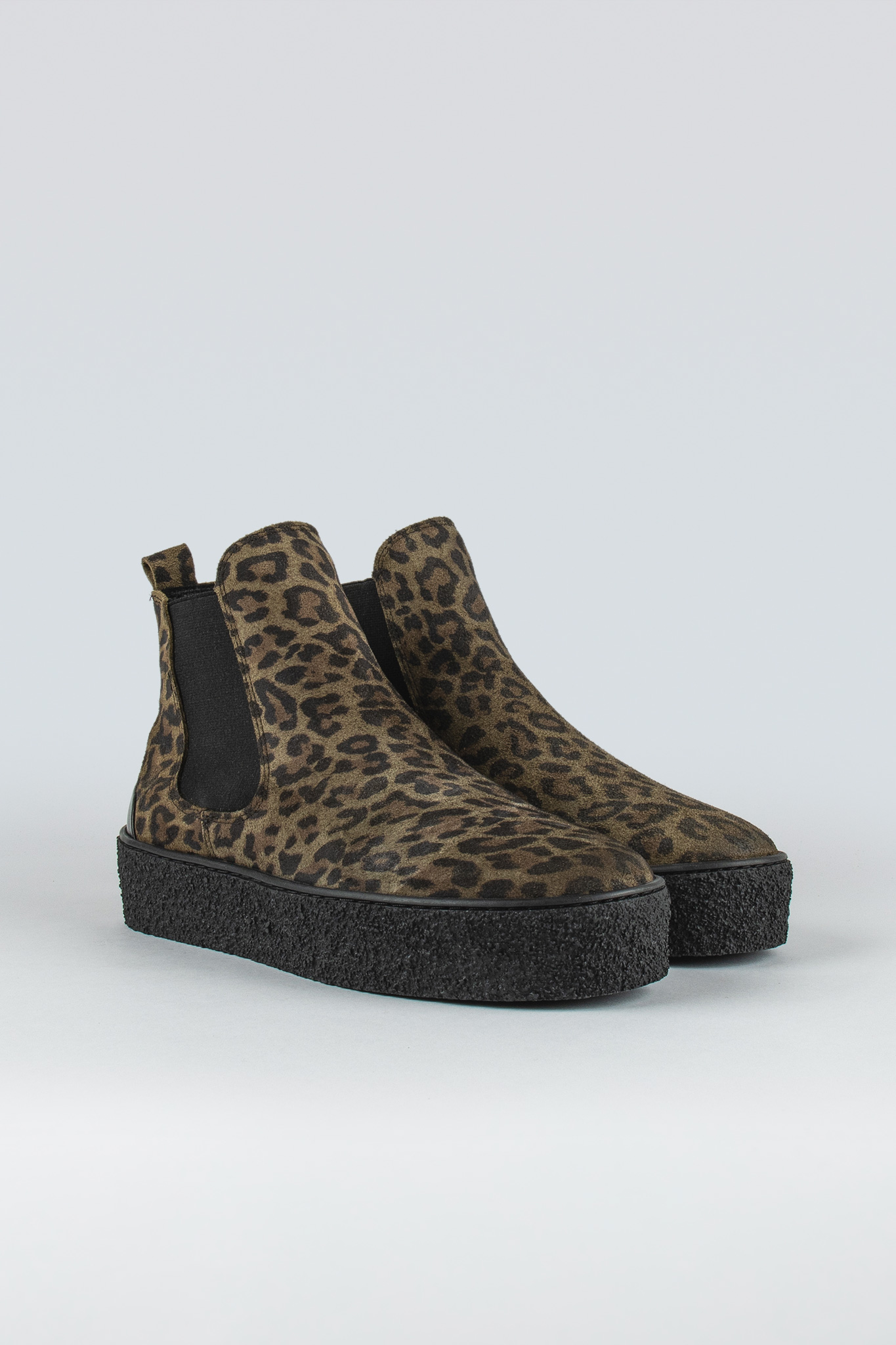 Shallow W Suede Olive Leopard