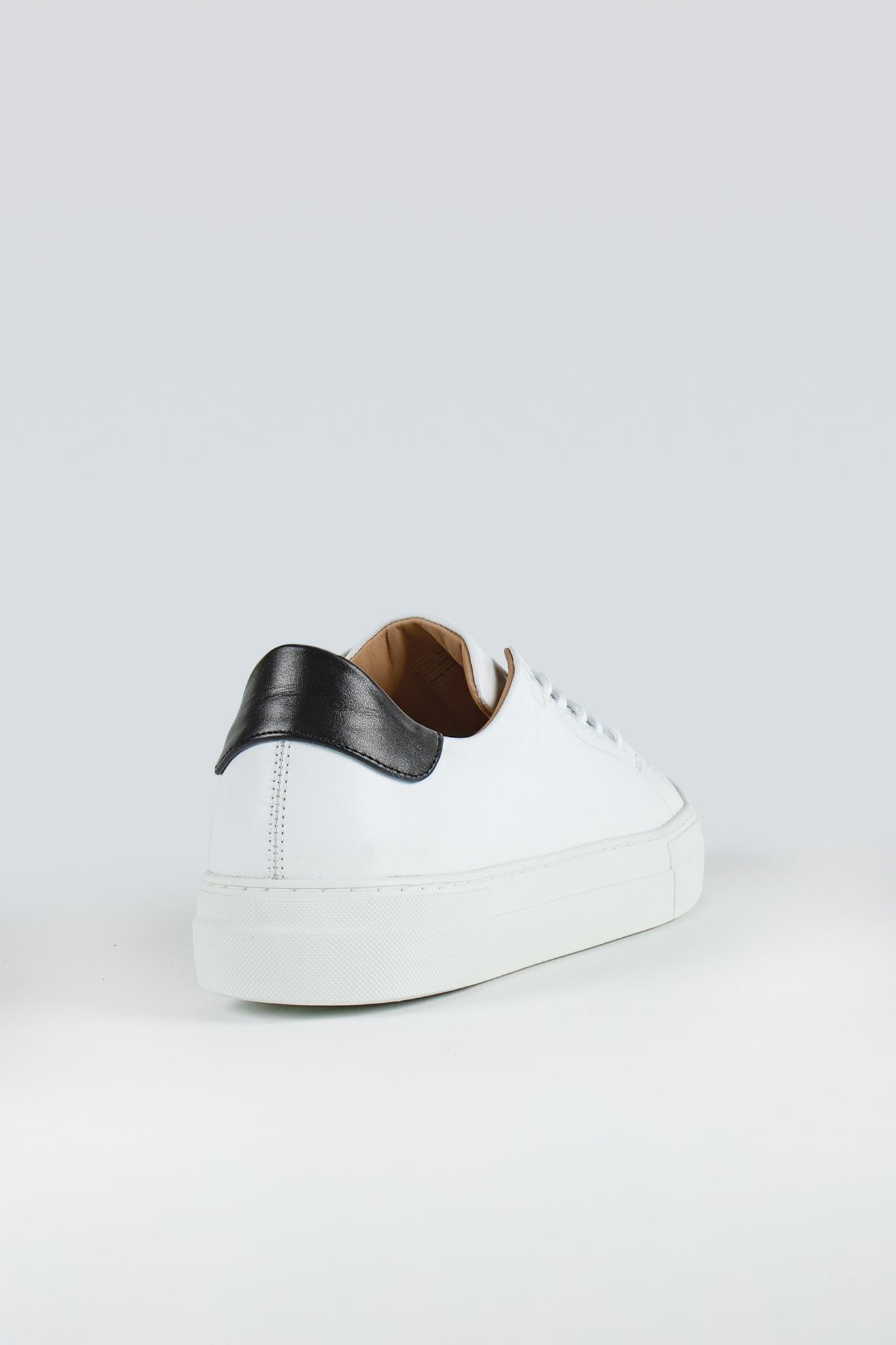 Witt White/Black