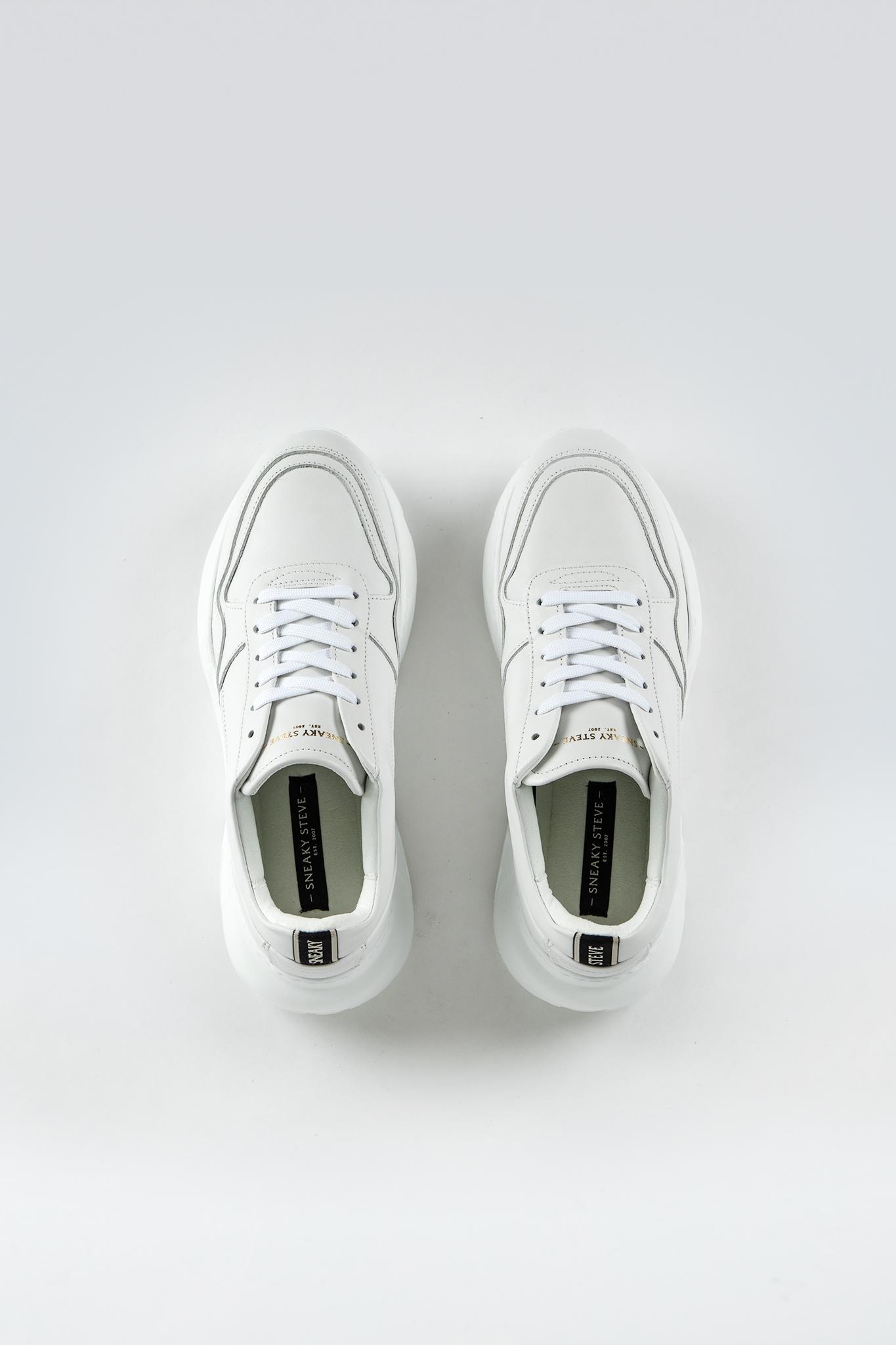 Yazzi W White