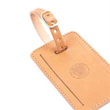 Luggage-tag-Sasso-brown-detail