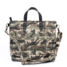 Paris-weekend-bag-camo-back