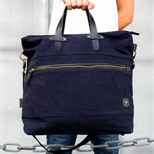 Paris-weekend-bag-navy-image-2